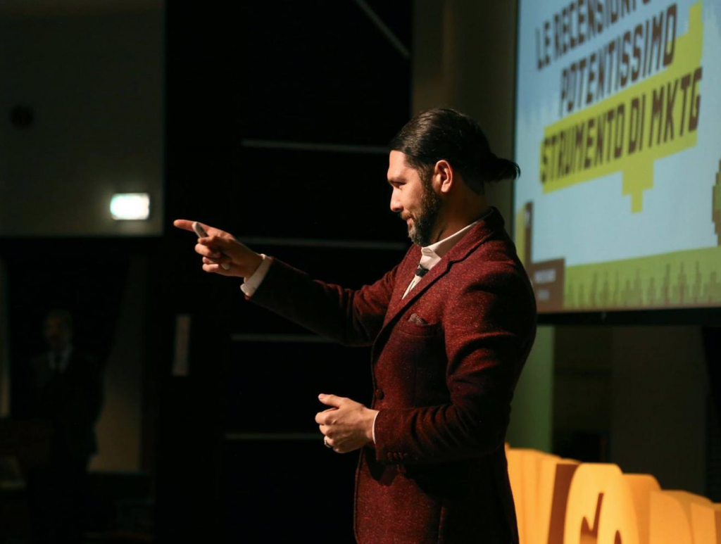 Francesco Addeo public speaking